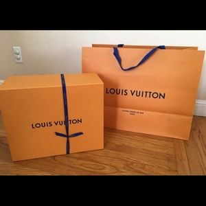 Extra large Louis Vuitton box and dust bag